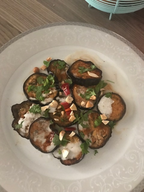 Baked aubergine with lemon dressing